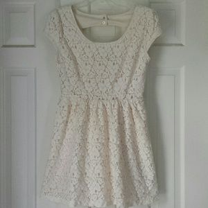 Forever 21 lace floral dress